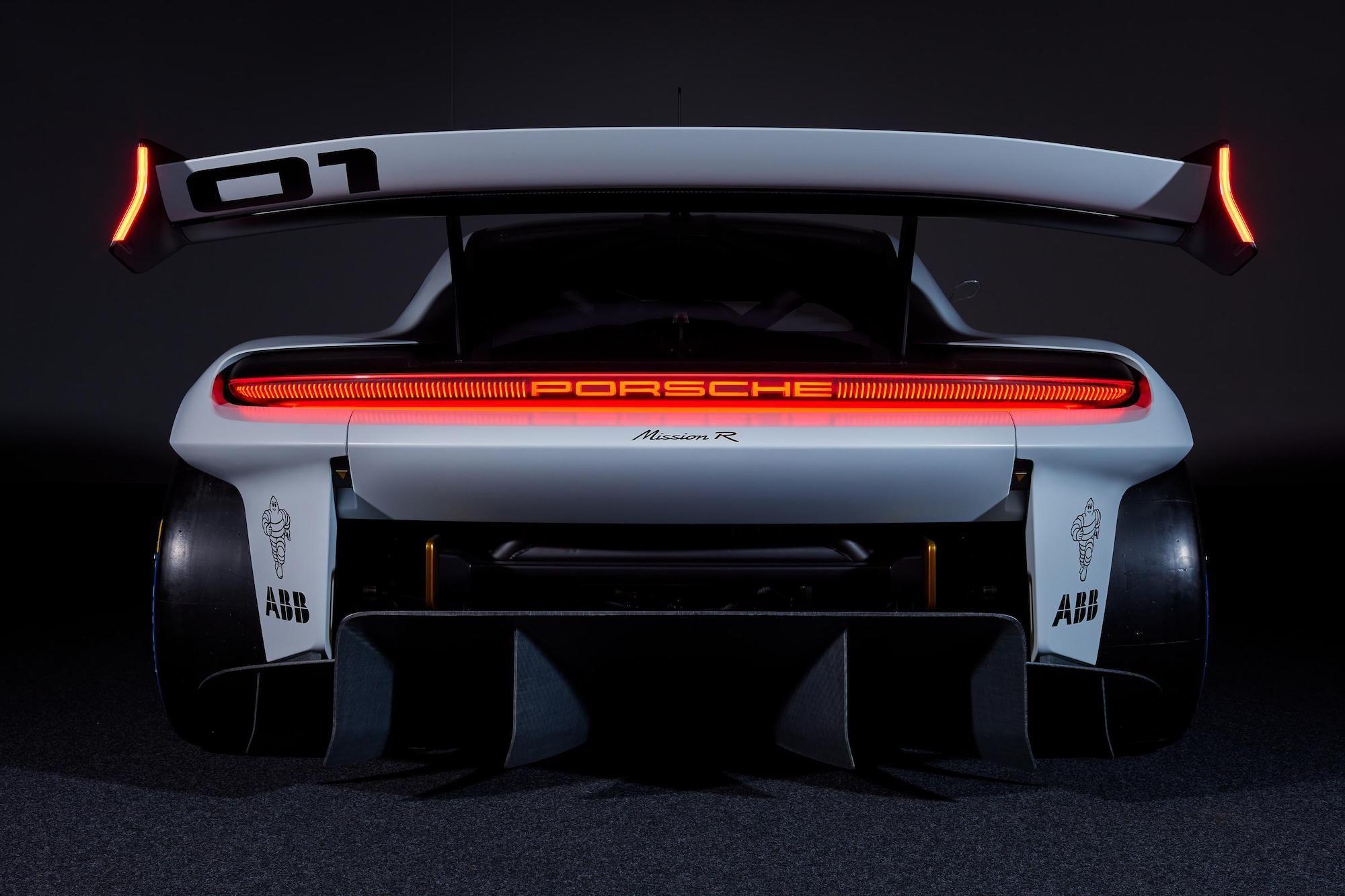 Porsche-Mission-R-5.jpg